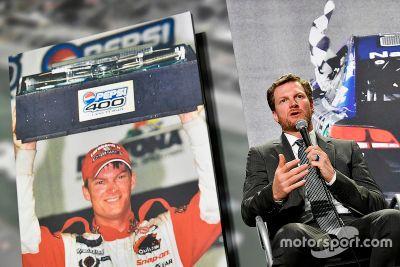 Dale Earnhardt Jr. retirement announcement