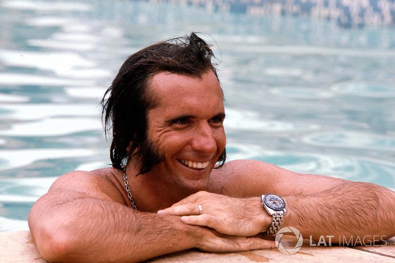 """Emerson Fittipaldi: """"Ele abriu as portas não só para o automobilismo brasileiro, mas também para a família Fittipaldi. O que ele fez no começo ajudou muito meu pai a construir o carro de F1. Eles tinham o sonho de uma equipe brasileira e eles concretizaram isso. Desde aquela época não tivemos mais qualquer esboço de equipe brasileira na F1."""""""