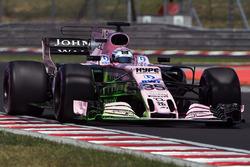 Lucas Auer, Force India VJM10 avec de la peinture flow fiz sur l'aileron avant