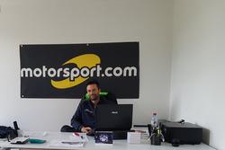 Ivan Ballinari à la rédaction de Motorsport.com Suisse