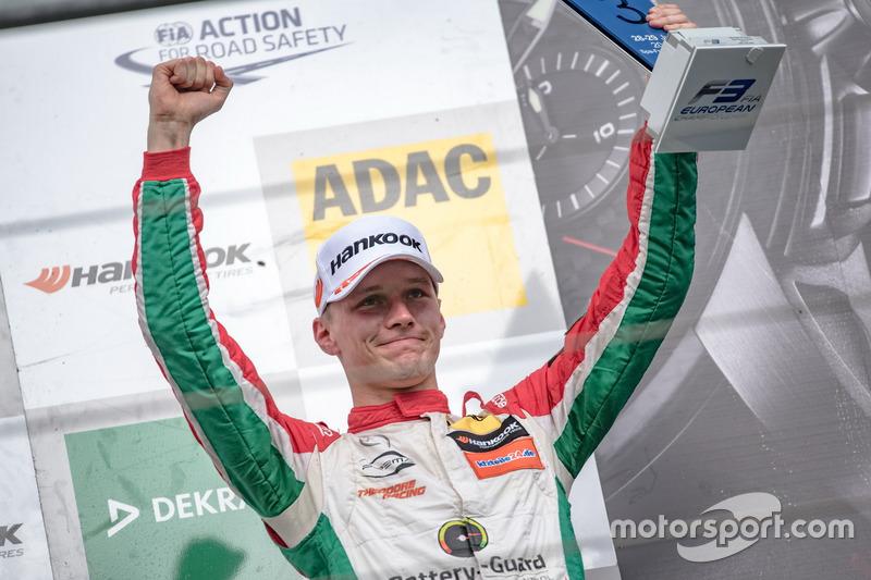 Podio: tercer lugar Maximilian Günther, Prema Powerteam Dallara F317 - Mercedes-Benz