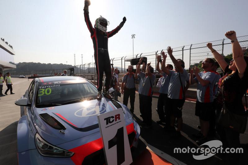 Pemenang balap Gabriele Tarquini, BRC Racing Team, Hyundai i30 N TCR
