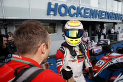 Yarış galibi Callum Ilott, Prema Powerteam, Dallara F317 - Mercedes-Benz