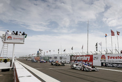 Will Power, Team Penske Chevrolet, al inicio de la carrera