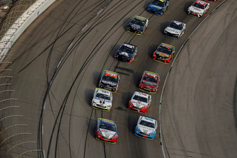 Joey Logano, Team Penske, Ford Fusion AAA Insurance, Ryan Blaney, Team Penske, Ford Fusion Accella/Carlisle, Kevin Harvick, Stewart-Haas Racing, Ford Fusion Mobil 1, Brad Keselowski, Team Penske, Ford Fusion Wurth, ripartenza