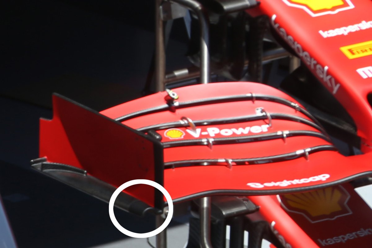Front wings of Charles Leclerc, Ferrari SF1000