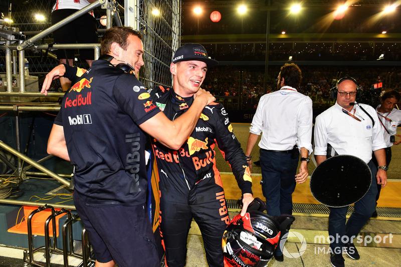 Max Verstappen, Red Bull Racing celebra en parc ferme