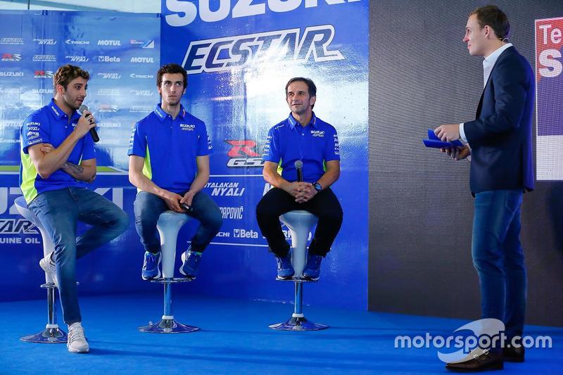 Andrea Iannone, Alex Rins and Davide Brivio, Team Manager, Suzuki MotoGP