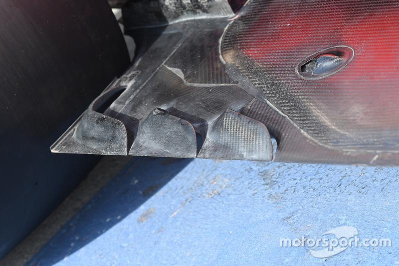 Ferrari SF70H rear floor detail