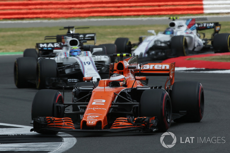 Стоффель Вандорн, McLaren MCL32, Феліпе Масса, Williams FW40, Ромен Грожан, Haas F1 Team VF-17, Ленс Стролл, Williams FW40