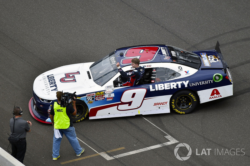 1. William Byron, JR Motorsports Chevrolet