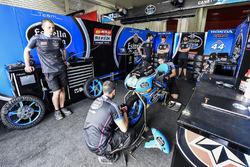 Estrella Galicia 0,0 garage