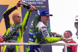Podium: race winner Valentino Rossi, second place Kenny Roberts Jr.