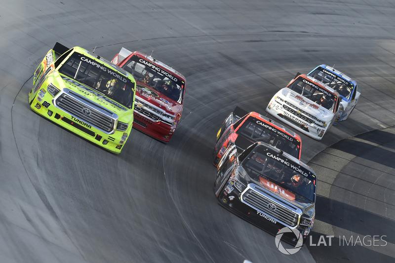 Christopher Bell, Kyle Busch Motorsports, Toyota; Matt Crafton, ThorSport Racing, Toyota