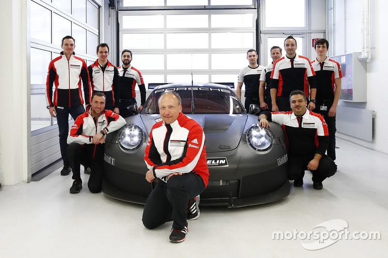 Marco Ujhasi und sein Team am 2017er Porsche GTE/GTLM