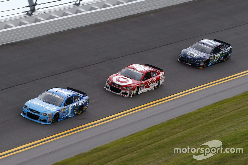 Jamie McMurray, Chip Ganassi Racing Chevrolet, Kyle Larson, Chip Ganassi Racing Chevrolet, Ricky Ste