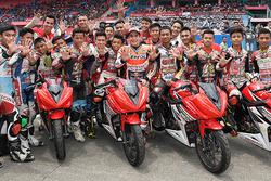 Marc Marquez bersama para pembalap AHRS