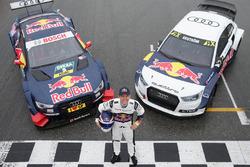 Маттиас Экстрем с машинами Audi RS5 DTM и Audi S1 WRX