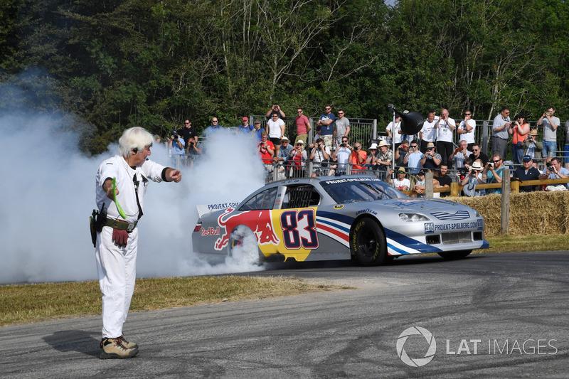 Patrick Friesacher pilote une Toyota Camry de Nascar