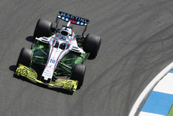 A large amount of Flo-viz paint on the car of Lance Stroll, Williams FW41