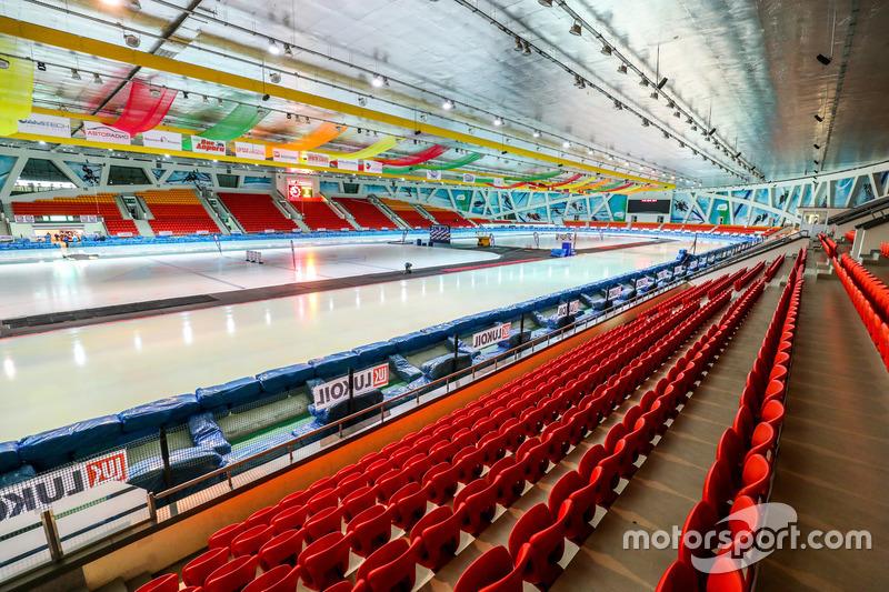 Первый этап Gladiators в этом сезоне впервые в своей истории приняла Астана. Новым местом сражений лучших мотогонщиков планеты стал ледовый дворец «Алау-Арена»