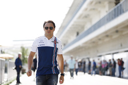 Felipe Massa, Williams, in the paddock