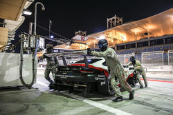 #92 Porsche GT Team Porsche 911 RSR: Michael Christensen, Kevin Estre en pits