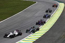 Lance Stroll, Williams FW40, Lewis Hamilton, Mercedes AMG F1 W08, Brendon Hartley, Scuderia Toro Rosso STR12, Pascal Wehrlein, Sauber C36, Romain Grosjean, Haas F1 Team VF-17, Daniel Ricciardo, Red Bull Racing RB13
