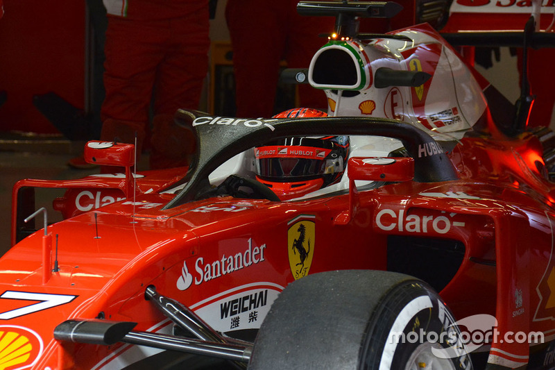 Kimi Raikkonen, Ferrari SF16-H with the F1 Halo cockpit system