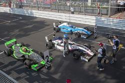 Il vincitore della gara Will Palmer, R-ace GP, il secondo classifcato Sacha Fenestraz, Josef Kaufmann Racing, il terzo classificato Max Defourny, R-ace GP
