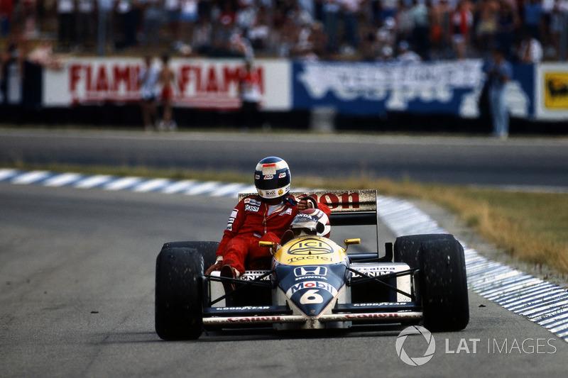 Hockenheim 1986: Keke Rosberg (McLaren) menumpang Nelson Piquet (Williams)