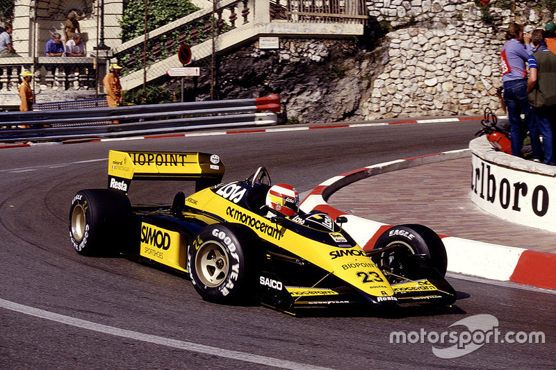 #23 : Adrian Campos, Minardi M187, Motori Moderni