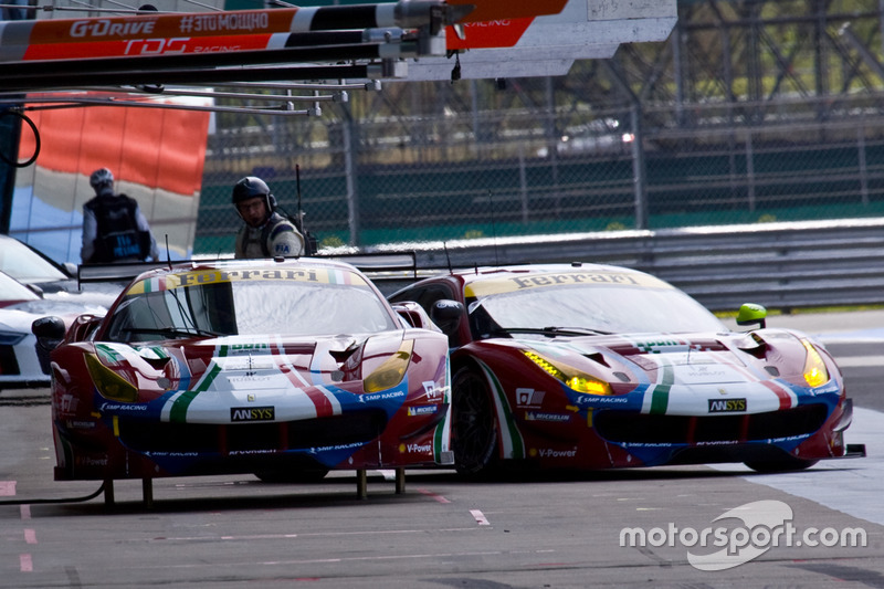 #51 AF Corse Ferrari 488 GTE: James Calado, Alessandro Pier Guidi and #71 AF Corse Ferrari 488 GTE: Davide Rigon, Sam Bird