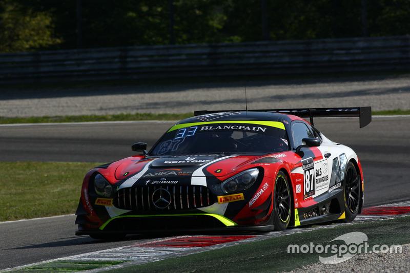 #87 Akka ASP, Mercedes-AMG GT3: Jean-Luc Beaubelique, Jules Gounon, Nico Bastian