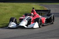 Oriol Servia tests the 2018 Honda