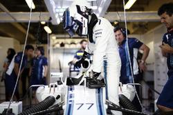 Valtteri Bottas, Williams, sube a su coche