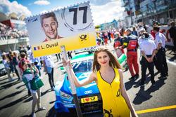 Gridgirl für Loic Duval, Audi Sport Team Phoenix, Audi RS 5 DTM