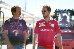 Michael Schmidt, Haberci ve Sebastian Vettel, Ferrari