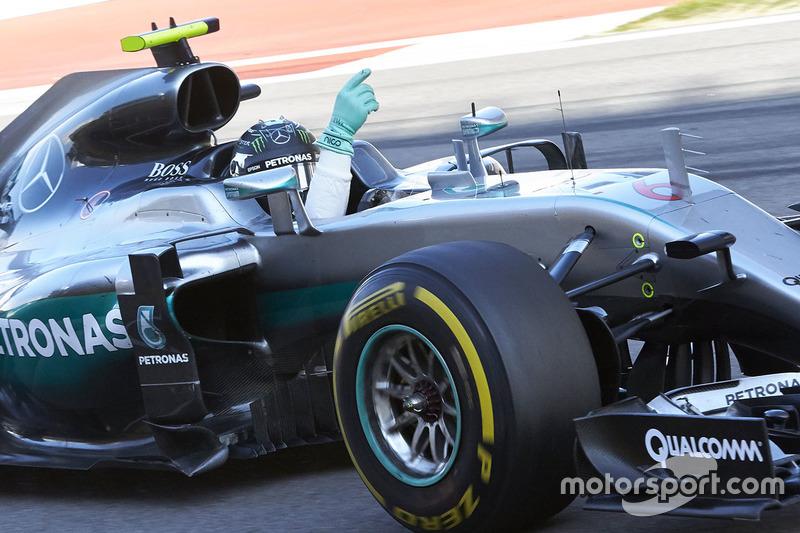 Ganador Nico Rosberg, Mercedes AMG F1 Team W07