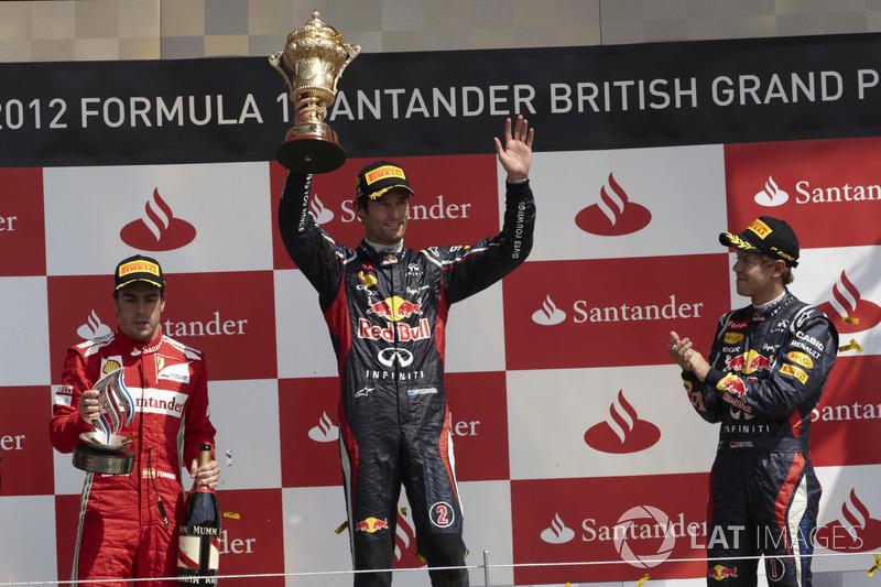 Podium: Racewinnaar Mark Webber, Red Bull Racing, tweede plaats Fernando Alsono, Ferrari, derde plaats Sebastian Vettel, Red Bull Racing