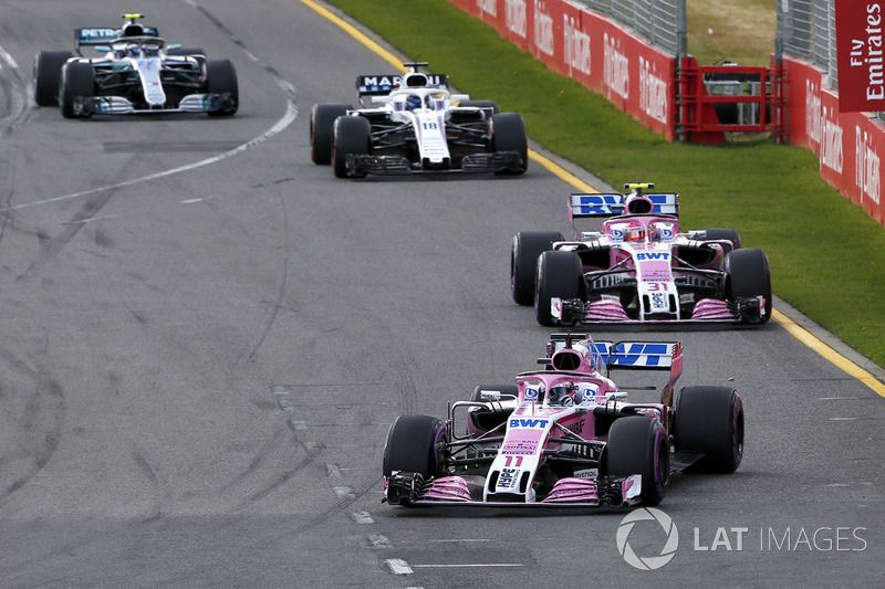 Sergio Perez, Force India VJM11, Esteban Ocon, Force India VJM11