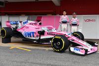 Esteban Ocon, Sahara Force India F1 and Sergio Perez, Sahara Force India, the new Sahara Force India VJM11