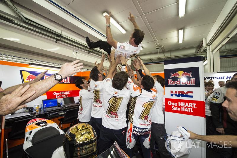 Worldchampion Marc Marquez, Repsol Honda Team celebrate with the team