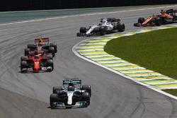 Valtteri Bottas, Mercedes AMG F1 W08, Kimi Raikkonen, Ferrari SF70H, Max Verstappen, Red Bull Racing RB13, Felipe Massa, Williams FW40