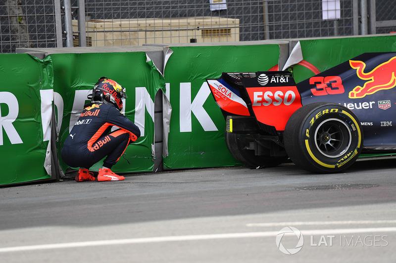 Max Verstappen, Red Bull Racing RB14 kaza