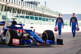 Alex Albon, Scuderia Toro Rosso, Daniil Kvyat, Scuderia Toro Rosso con el Scuderia Toro Rosso STR14