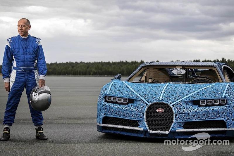 Bugatti Chiron з Lego Technic