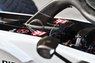 Haas F1 Team VF-18, dettaglio dell'halo