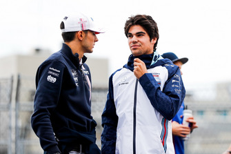 Esteban Ocon, Racing Point Force India, et Lance Stroll, Williams Racing