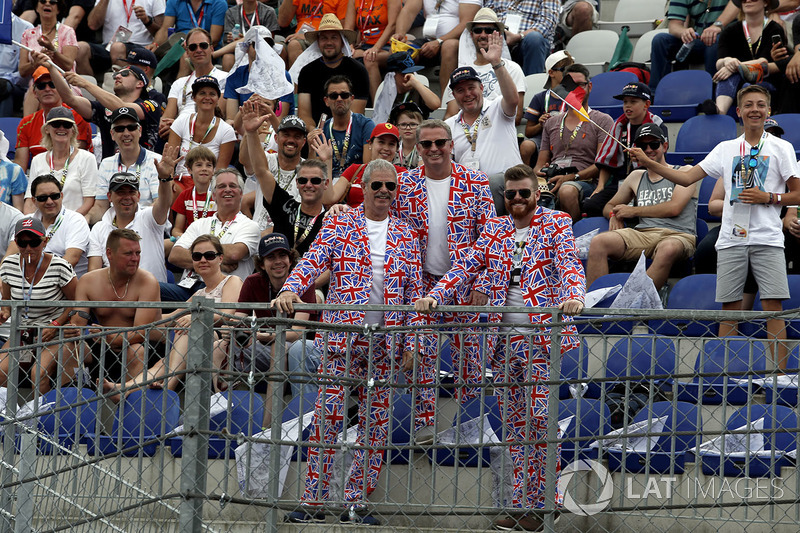 Fans, Union Jack Flag in the grandstand